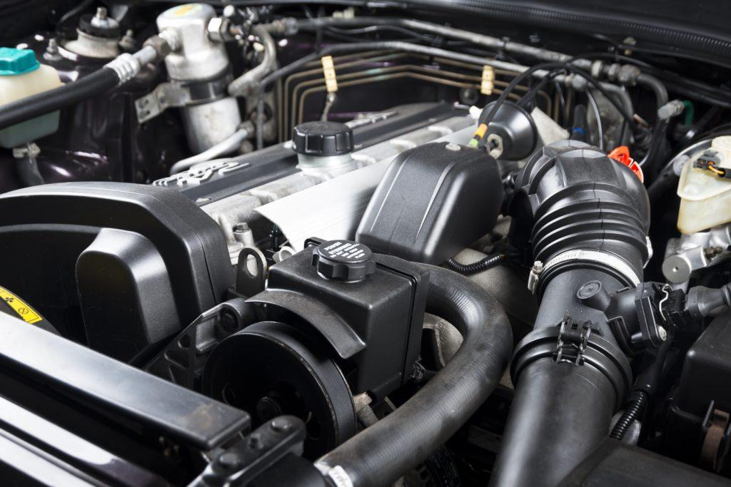 limpiar motor coche, motor coche, como limpiar motor coche, limpieza motor coche