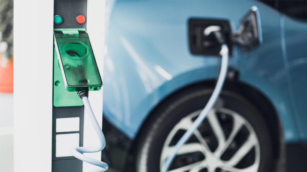 Carga de coche eléctrico